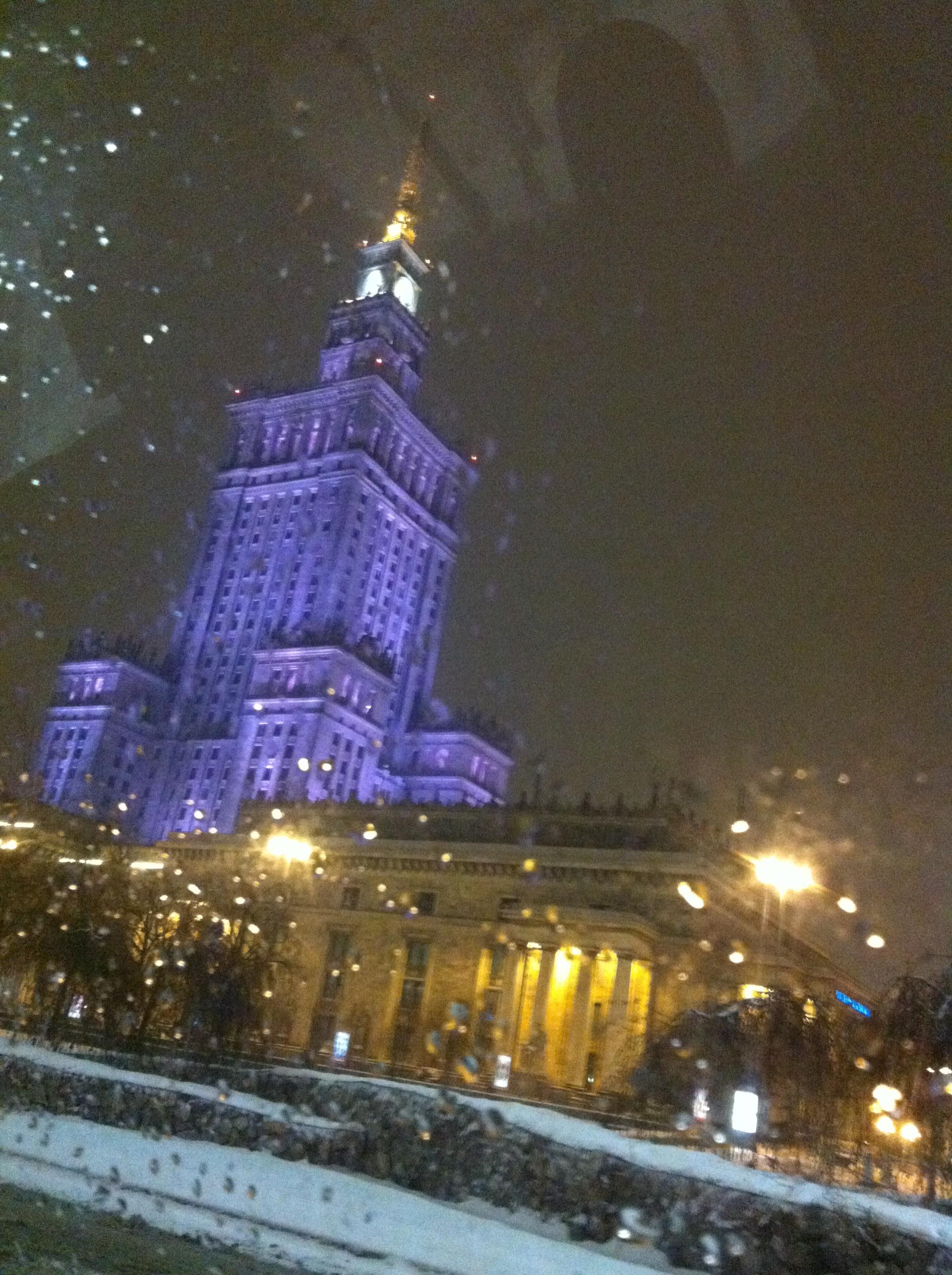 pałac kultury i nauki zimą