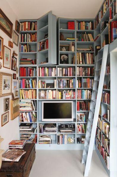 Biblioteczka 11 architekt o architekturze i wyj tkowych for Biblioteczka w salonie