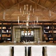 Biblioteczka w jadalni