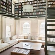 Biblioteczka na antresoli