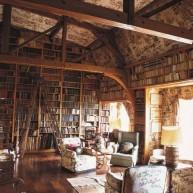 Biblioteczka w stylu Vintage