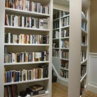 Biblioteczka - tajna skrytka