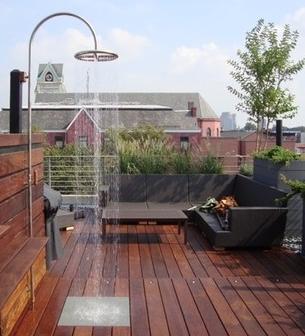 prysznic na zewnatrz w ogrodzie na tarasie 23 architekt o architekturze i wyj tkowych projektach. Black Bedroom Furniture Sets. Home Design Ideas