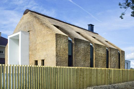 Niezwykłe połączenie nowoczesnego i tradycyjnego budownictwa.