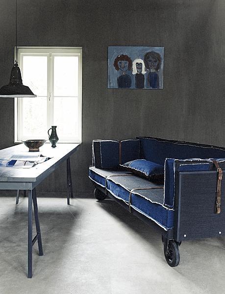 Kolejny fantastyczny przykład jeansowej tapicerki - trudno o coś bardziej hipsterskiego!