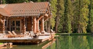 drewniany_dom_rezydencja_z_drewna_i_kamienia_dom_z_bali_nad_jeziorem_Headwaters_camp_residence_2