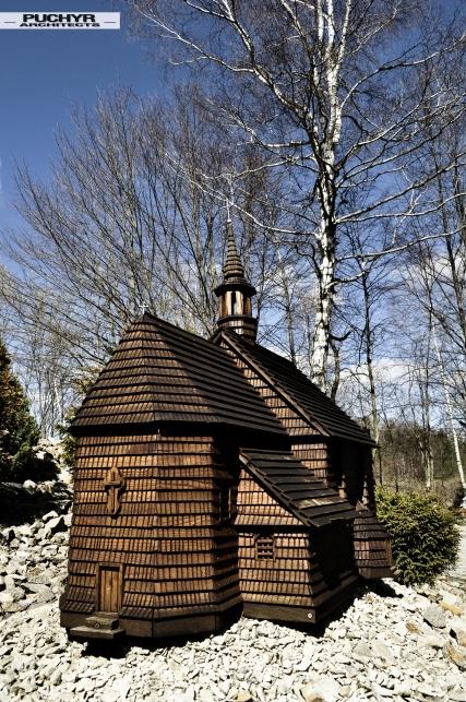 modele_cerkwi_kosciolow_muzeum_bieszczady_myczkowce_pani_dyrektor_dawno_temu_w_domu_foto_by_puchyr_architects003
