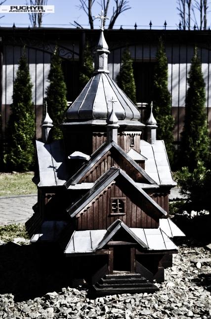 modele_cerkwi_kosciolow_muzeum_bieszczady_myczkowce_pani_dyrektor_dawno_temu_w_domu_foto_by_puchyr_architects014