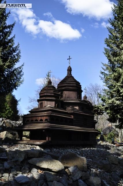 modele_cerkwi_kosciolow_muzeum_bieszczady_myczkowce_pani_dyrektor_dawno_temu_w_domu_foto_by_puchyr_architects017