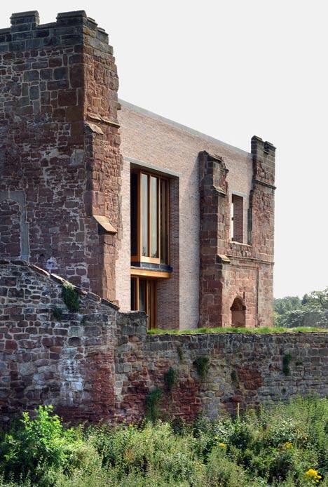 Bardzo ciekawe połączenie nowoczesnej i współczesnej architektury.