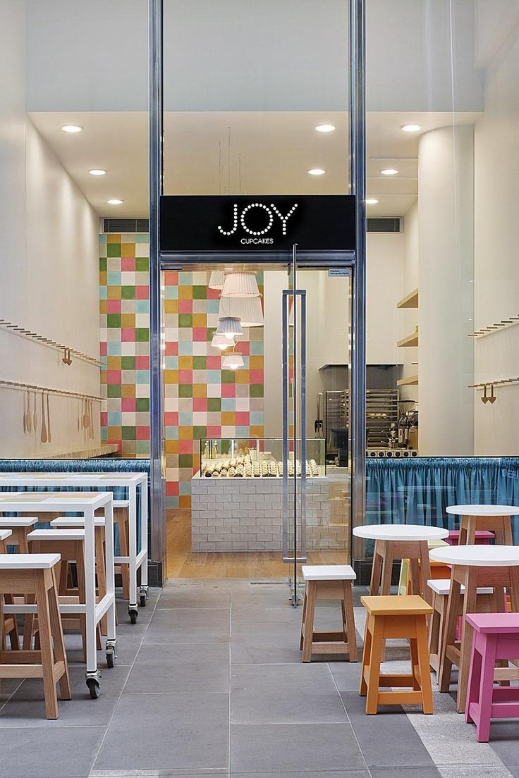 witryna_sklepowa_design_sklepu_witryny_sklepowe_nowoczesne_ciekawy_pomysl_na_sklep_restauracje_kawiarnie_9