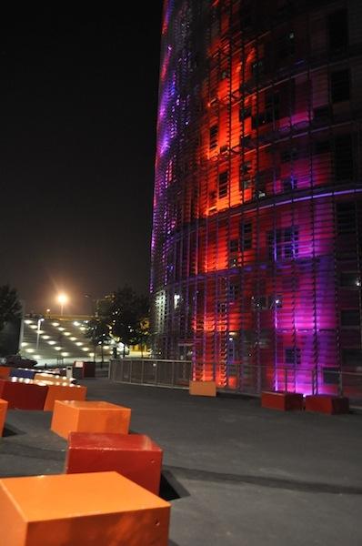 torre_agbar_wieżowiec_nowoczesny_hiszpania_barcelona_wspolczesna_architektura-w_mieście_14