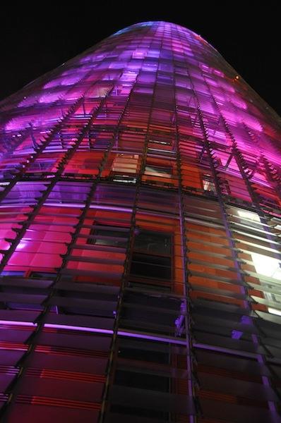 torre_agbar_wieżowiec_nowoczesny_hiszpania_barcelona_wspolczesna_architektura-w_mieście_6