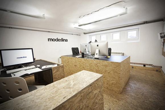 Mode:lina Offices, Polska. Biuro architektoniczne zaprojektowane przez samych architektów :) Jasna, otwarta przestrzeń z paroma stanowiskami pracy - minimalistycznie i ze smakiem. _nowoczesne_biuro_16