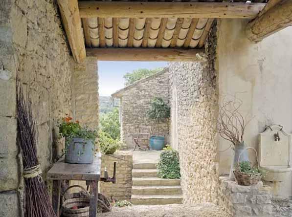 Domy w stylu ep 2 dom w stylu prowansalskim for Decoration interieur maison provencale