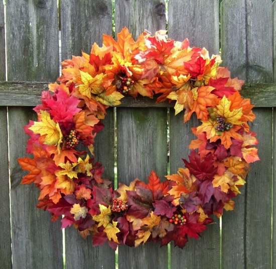 http://panidyrektor.pl/wp-content/uploads/2013/10/jesienne_dekoracje_drzwi_wianuszki_halloween_wience_na_drzwi_4.jpg