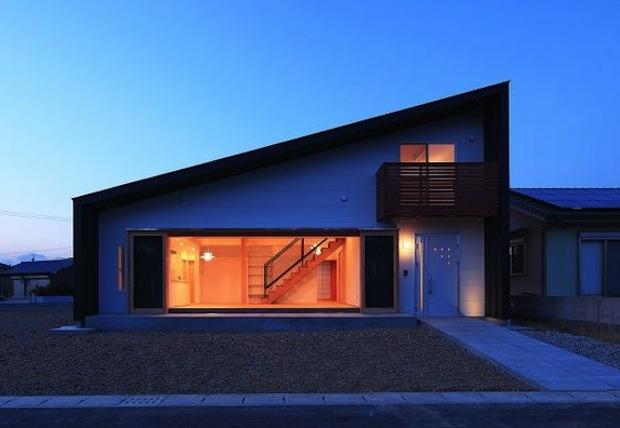 nowoczesny_modny_dom_z_dachem_dwuspadowym_jednospadowym_projekty_pomysly_2