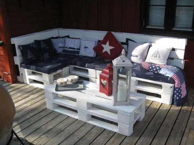 euro_palety_w_domu_design_zastosowanie_europaleta_we_wnetrzu_DIY_zrob_to_sam_krzesla_lawki_siedziska_8