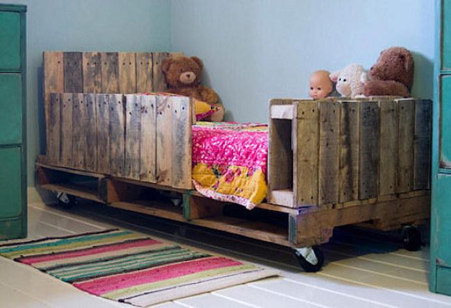 palety_w_domu_design_zastosowanie_europaleta_we_wnetrzu_kanapy_DIY_zrob_to_sam_lozka_kanapy_fotele_7
