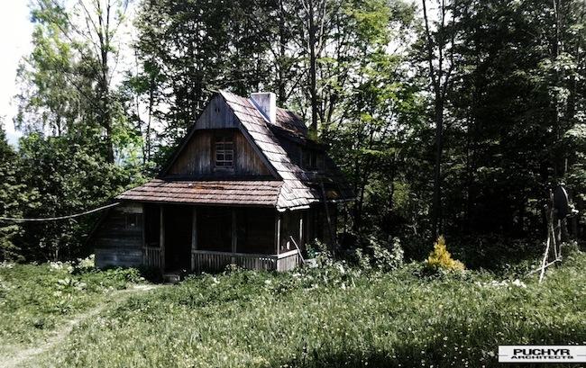 gorski-bieszczadzki-domek-letniskowy-pasterski-szopka-dom-letni-stary-1