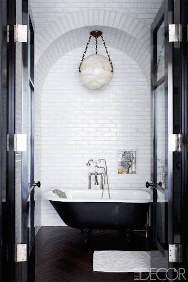 jak-stosowac-kolory-we-wnetrzu-biały-we_wnętrzu_inspiracje-pomysly-łazienka-1a