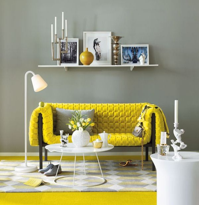 jak_stosować_kolory_we_wnętrzu_kolor_żółty_we_wnętrzu_żółte_wnętrze_salon_pokoj_dzienny_1c