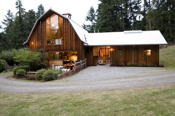 wspaniałe-stodoły-przebudowa-stodoly-na-dom-jak-odbudowac-stodole-konserwacja-unikatowy-dom-1