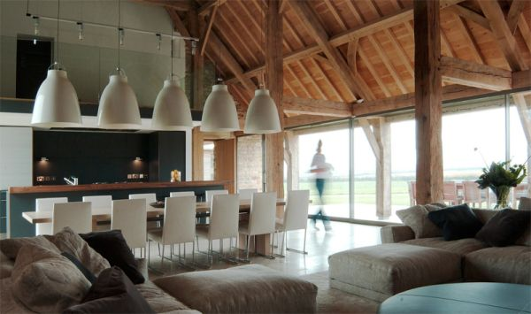 przebudowa-stodoly-na-dom-jak-odbudowac-stodole-konserwacja-unikatowy-dom-wspaniałe-stodoły-1