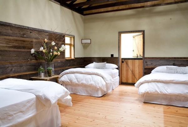 wspaniałe-stodoły-przebudowa-stodoly-na-dom-jak-odbudowac-stodole-konserwacja-unikatowy-dom-2