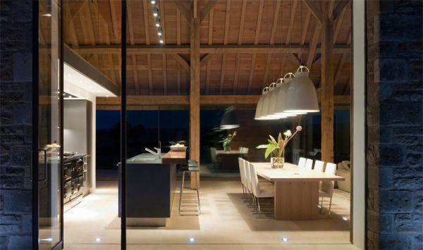 przebudowa-stodoly-na-dom-jak-odbudowac-stodole-konserwacja-unikatowy-dom-wspaniałe-stodoły-2