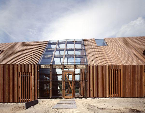 przebudowa-stodoly-na-dom-jak-odbudowac-stodole-konserwacja-unikatowy-dom-3