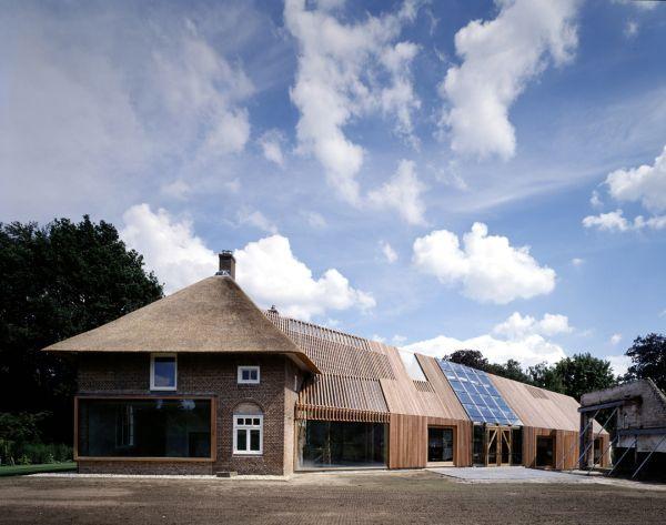 przebudowa-stodoly-na-dom-jak-odbudowac-stodole-konserwacja-unikatowy-dom-6