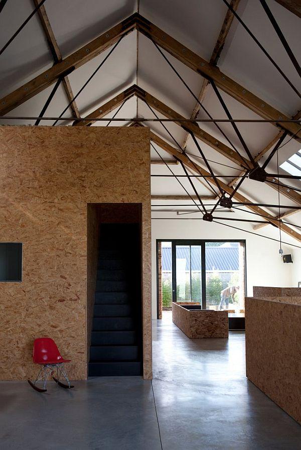 przebudowa-stodoły-na-dom-jak-odbudowac-stodole-konserwacja-unikatowy-dom-7