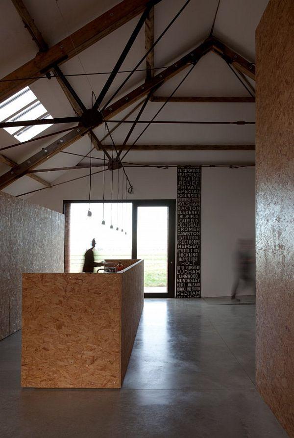 przebudowa-stodoły-na-dom-jak-odbudowac-stodole-konserwacja-unikatowy-dom-8
