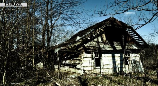 Dawno-temu-w-domu-jak-umiera-dom-drewniana-chata-w-glinnem-5