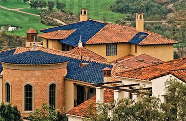 ogrzewanie-słoneczne-dachowki-solarne-fotowoltaiczne-panele-w-dachowkach-pokryciu-dachu-2