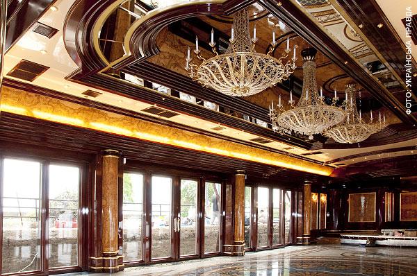 luksusowe-wille-i-pałace-domy-jak-wygladaja-nieruchomosci-wiktora-janukowicza-prezydenta-ukrainy-22