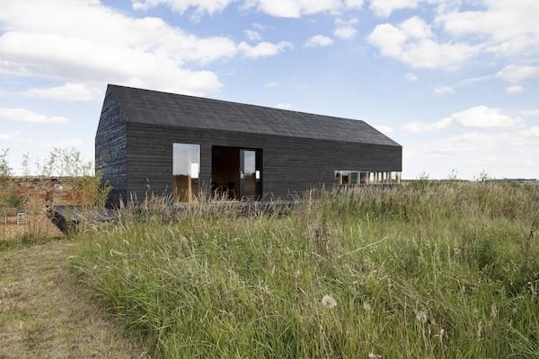 przebudowa-stodoły-na-dom-jak-odbudowac-stodole-konserwacja-unikatowy-dom-308