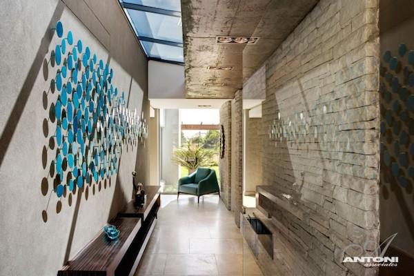 Korytarz-hall-przejscie-jak-zaprojektować-by-nie-był-ciemny-i-nudny-dom-6
