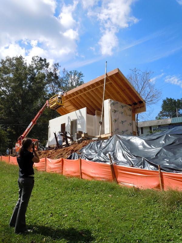 New-Norris-House-dom-energooszczedny-nowoczesny-zaprojektowany-i-wykonany-przez-studentow-uniwersytetu-na-sprzedaz-aukcja-8