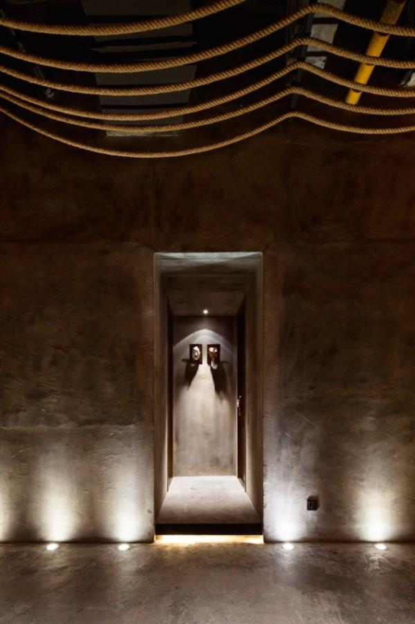 Jeśli tak wygląda wejście do łazienek - kupuję to ;]