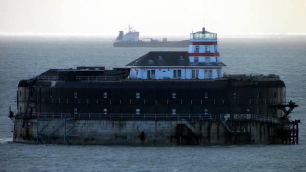 Latarnie-morskie-architektura-użyteczna-i-romantyczna-9