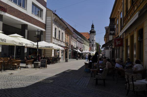 Maribor-Pani_Dyrektor-Piekne-miejsca-w-europie-do-zobaczenia-inspiracje-o-architekturze-miasta-18