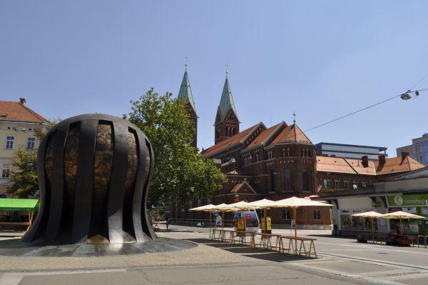 Maribor-Pani_Dyrektor-Piekne-miejsca-w-europie-do-zobaczenia-inspiracje-o-architekturze-miasta-25