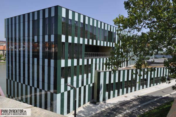 Maribor-Pani_Dyrektor-Piekne-miejsca-w-europie-do-zobaczenia-inspiracje-o-architekturze-miasta-4