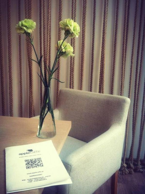 Blog-architektoniczny-pani-dyrektor-impresje-5-kawiarnia-apple-coffe-w-warszawie