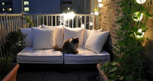 comfy-seating-and-nice-lighting-for-balcony
