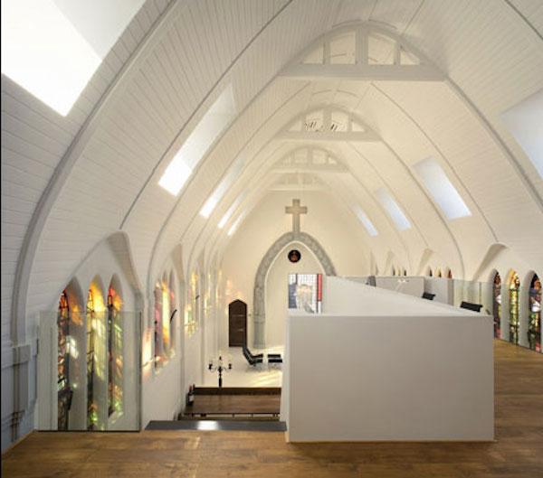 kościoły-zamienione-przeprojektowane-na-budynki-uzytecznosci-publicznej-muzea-kawiarnie-domy-biura-20a