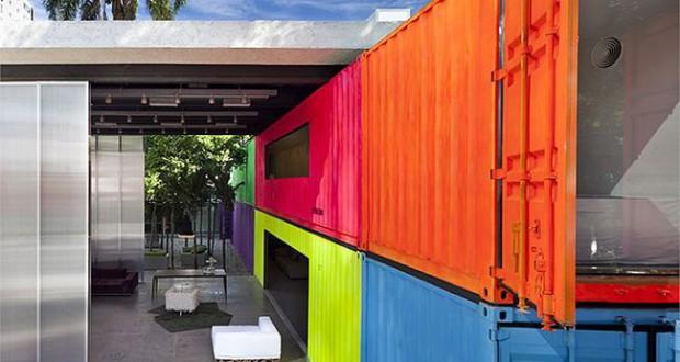 Domy z kontener w transportowych for Brazilian house music