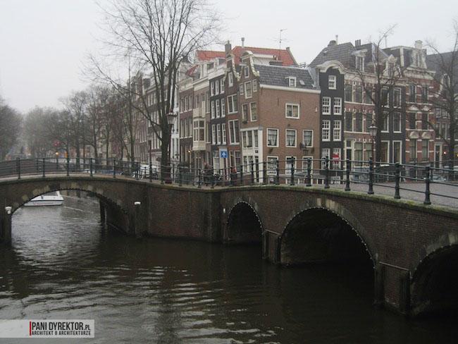 Amsterdam-miasto-blog-o-architekturze-podroze-kamienice-przestrzen-ciekawostki-11